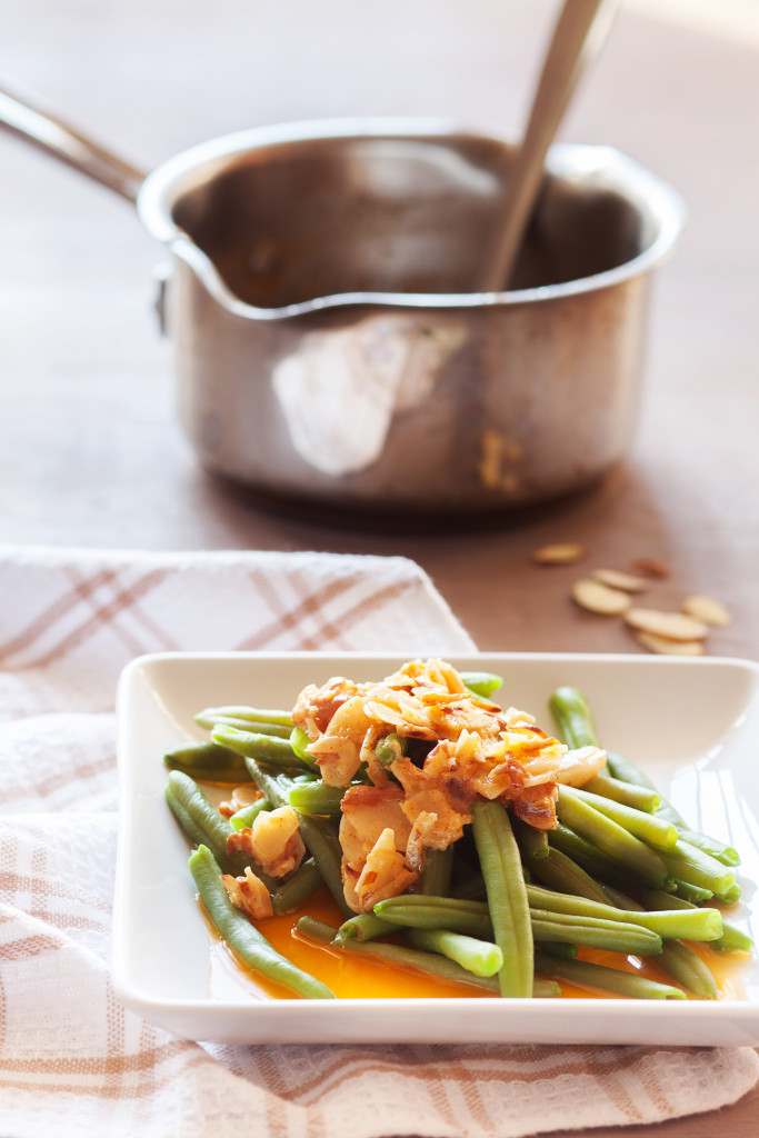 Dress up vegetables and fish with this tangy and spicy amandine!