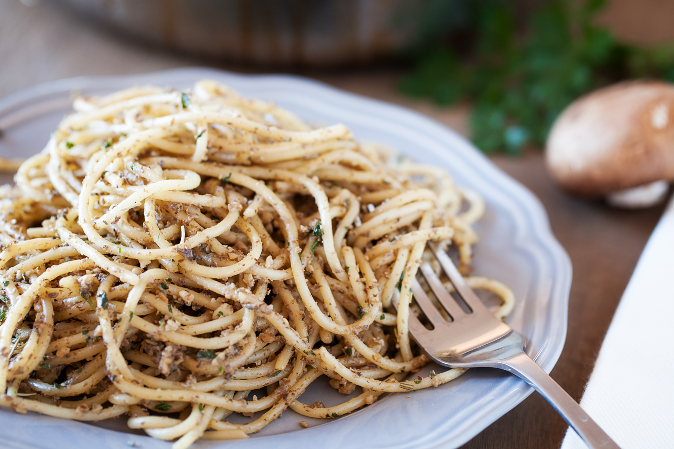 Walnut & Mushroom Pesto - Flavorful, earthy, and impressive enough to be spotted on a fancy schmancy restaurant menu.