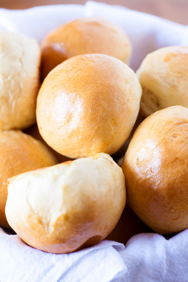 These Homemade White Bread Rolls will trump any store-bought dinner rolls.