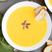 With layers and layers of flavor, this Brown Butter Butternut Squash Soup is perfect for your Fall and Winter table this season.