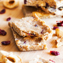 Pumpkin, apples, and cranberries, these Fall Harvest Snack Bars have all the best flavors of Fall.