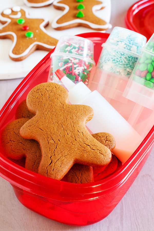 Gingerbread Men Cookie Decorating Kits