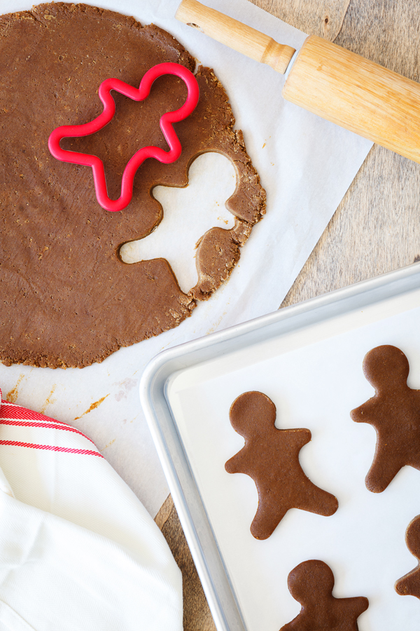 Look no further for your go-to gingerbread cookie recipe. This recipe yields thick, chewy, and spicy gingerbread cookies that is perfect for decorating, gifting, and ornament-making!